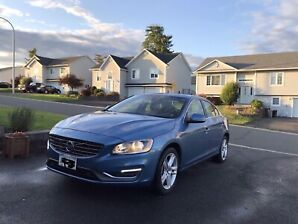 Excellent condition Volvo S60 T5 AWD