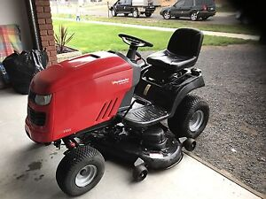 Ride on Lawn Mower Old Beach Brighton Area Preview