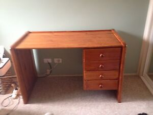 Household furniture Narrabeen Manly Area Preview