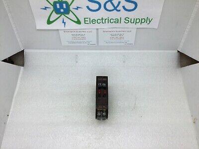 1 Circuit Breaker Wadsworth B2020 20 Amp Two 1 Pole Metal Tabs Twin Tandem