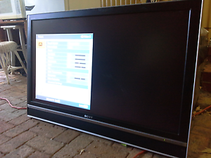 "Sony Bravia 46"" lcd digital TV with wall mounting Australia Preview"