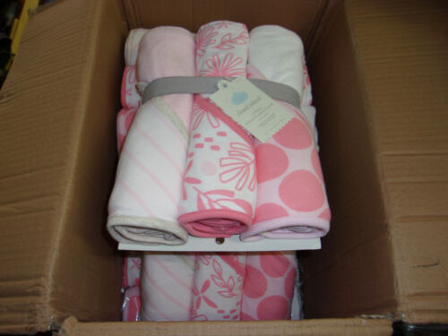 BULK LIQUIDATION LOT...BRAND NEW ,TARGET STORE WHOLESALE , HOODED BABY TOWELS
