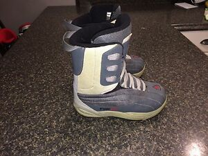 Firefly snowboard boots size 5