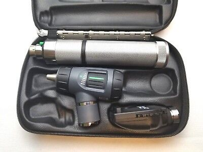 Welch Allyn 3.5v Diagnostic Set 23810 Macroview Otoscope 11710 Ophthalmoscope