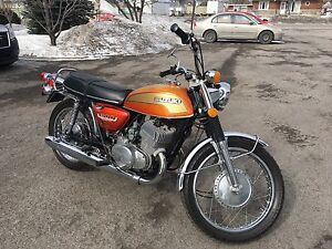 Suzuki antique t500 1974