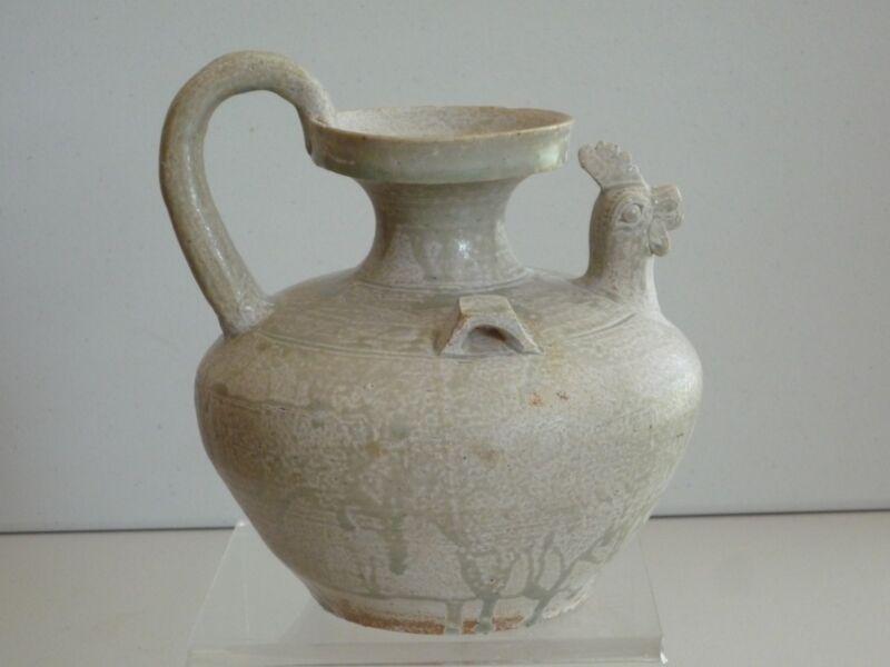 Jin Dynasty Green Glazed Cockscomb-shaped Pot