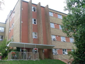 PARRY SOUND - 2 bedroom unit at 31 Gibson St.