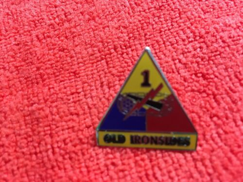 """1ST ARMORED DIVISION HAT PIN """"OLD IRONSIDES"""""""