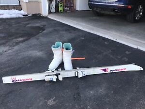 skis Rossignol 550 with ski boots
