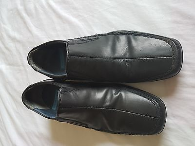MENS BURTON BLACK SLIP ON SHOES SIZE 9