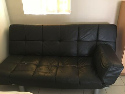 Free dinning table and chair ad bed sofa