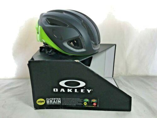 Oakley ARO3 Road Cycling Helmet, Retina Burn, Medium