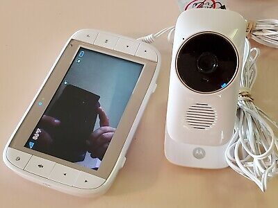 "Motorola Comfort 50 Video Audio Baby Monitor. 5"" Color Display w Zoom, 1 camera"