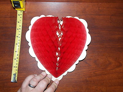 VALENTINE HEART HONEYCOMB RARE OLD VINTAGE DECORATIONS - Honeycomb Heart Decorations