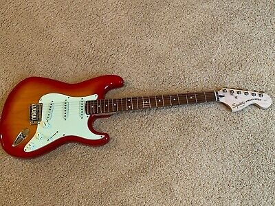 Squier by Fender Stratocaster, Standard Series, Excellent Condition