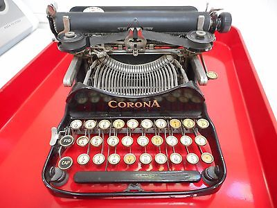 VINTAGE ANTIQUE CORONA No. 3 FOLDING PORTABLE TYPEWRITER AND CASE