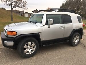 2007 FJ Cruiser C package LOW MILEAGE