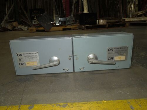 Ge Thfp221l/222x 30a/60a Twin 2p 240v Fused Panelboard Switch W/ Hardware Used