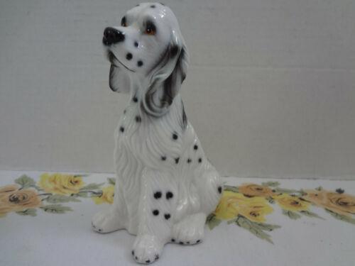 English Springer Spaniel Black & White Spotted Dog Figurine