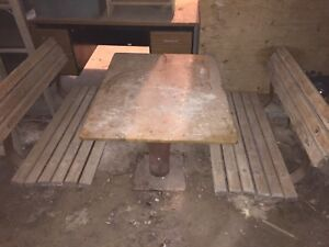 OLD vintage table and benches. I can deliver. Read ad