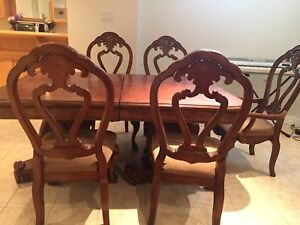 Solid wood dinning table set for sale