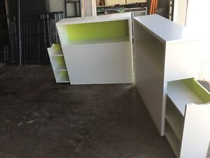 2 Pull-out bookcase headboards. White. Single size.