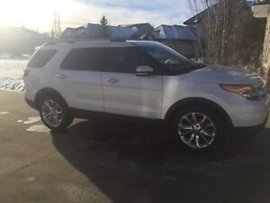 2012 Ford Explorer Limited-Leather, DVD, Fully Loaded