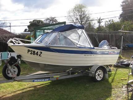 Savage 4.18 boat