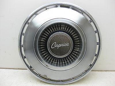 """1968-1969 Chevy Caprice 2 & 4 Door Hardtop & 4 Door Sedan Wagon 14"""" hub cap 4351"""