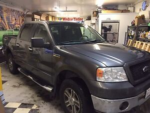 2006 Ford F-150 XLT Pickup Truck 4x4 5.4L - In Dash Navigation