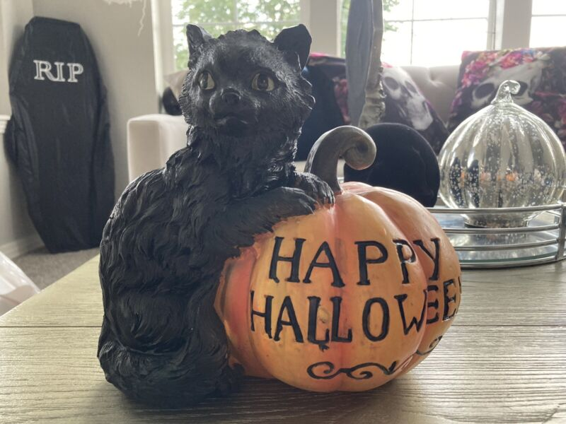 Black Cat Happy Halloween Orange Pumpkin Figurine Sculpture Resin New !
