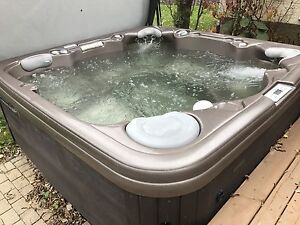 Coleman 471 Ultimate Therapy Spa