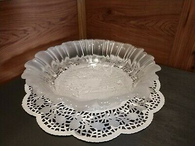 ORNATE MIKASA CHRISTMAS THEMED FROSTED & ENGRAVED 3-D GLASS CANDY/TREAT BOWL