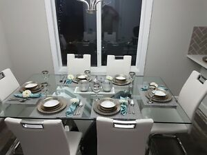 White 6 chair dinning set SOLD!!
