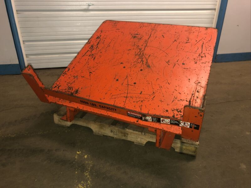 Lee Engineering AT40-4848 4000LBS Capacity Pneumatic Gaylord Box Tilter. Our #3