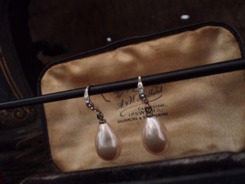 Vintage Exquisite Pearl  & Crystal Drop Hook Pierced Earrings