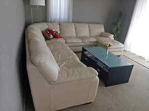 Genuine Leather couch Phillip Bay Eastern Suburbs Preview