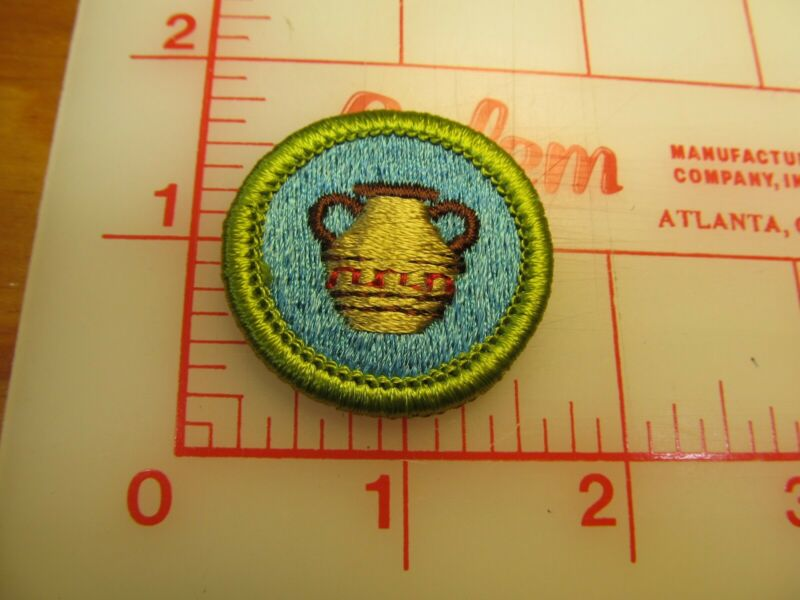 POTTERY merit badge plastic backed patch (oP)
