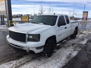 2010 GMC Sierra 1500 SLE, 6.2 V8 Engine! Rare! Powerful.
