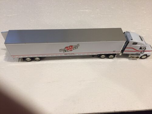 Dcp 30123 Heartland Express 1/64 Scale Freightliner Brand New In Box