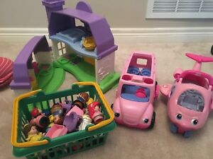 Little People Toy Set