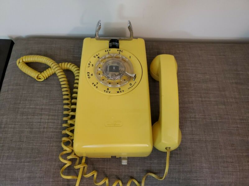 Vintage Yellow Western Electric Bell System 554BMP Wall Rotary Phone Telephone