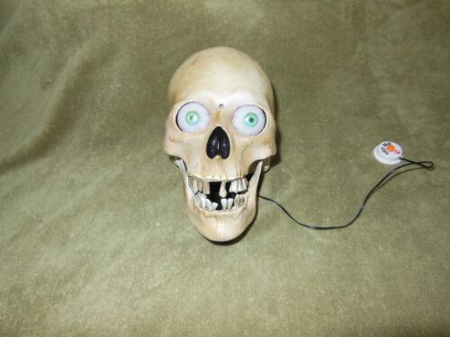Gemmy Halloween Skull Decoration Motion Activated Animated, Light & Sound