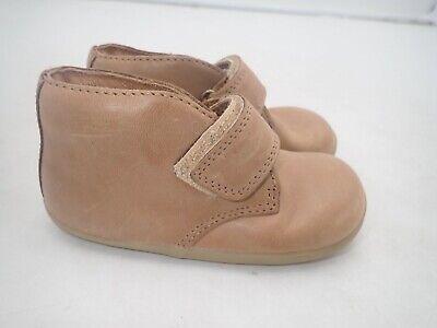 Bobux bootie boys size 6.5 M toddler brown