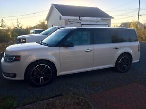 Ford Flex eco boost loaded AWD Limited