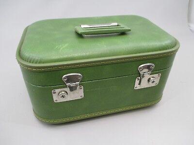 Vintage Ambassador Train Makeup Case In Green