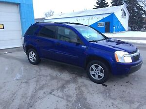 2005 Chevrolet Equinox AWD safetied clean title low km