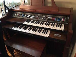 Organ for Sale - Baldwin Interlude Fun Machine