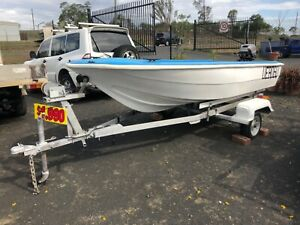 RETRO FIBREGLASS DINGHY and TRAILER Hatton Vale Lockyer Valley Preview