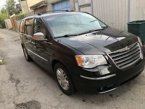 Chrysler town country 2008 limited